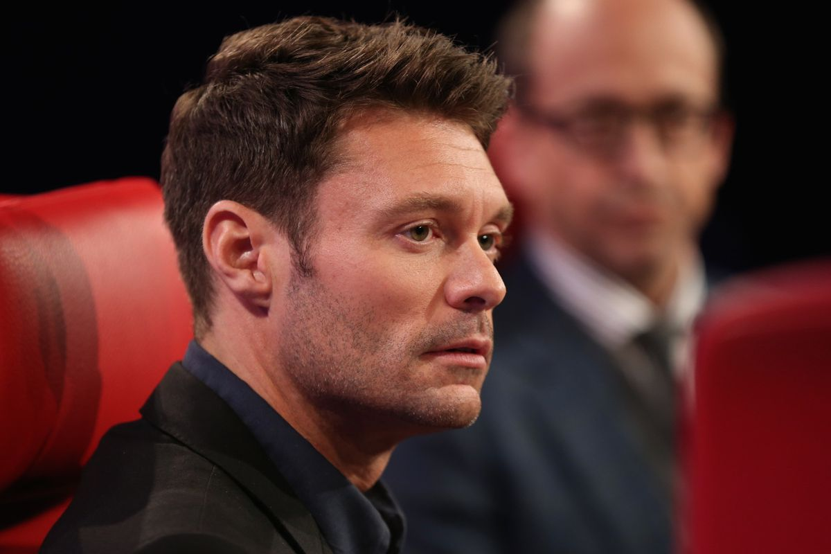 Ryan Seacrest and Twitter's Costolo Chat Kardashians, China and More (Video)