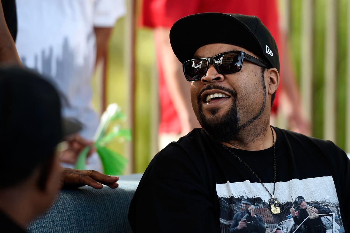 Ice Cube Hosts Daylight Beach Club