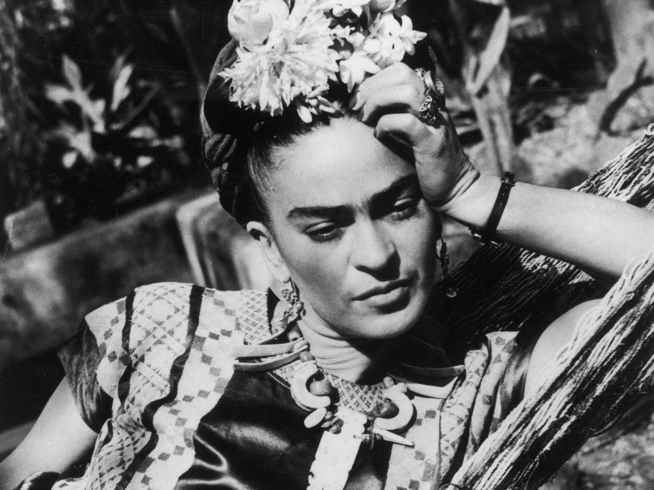 """""""Thoughtful Frida"""""""