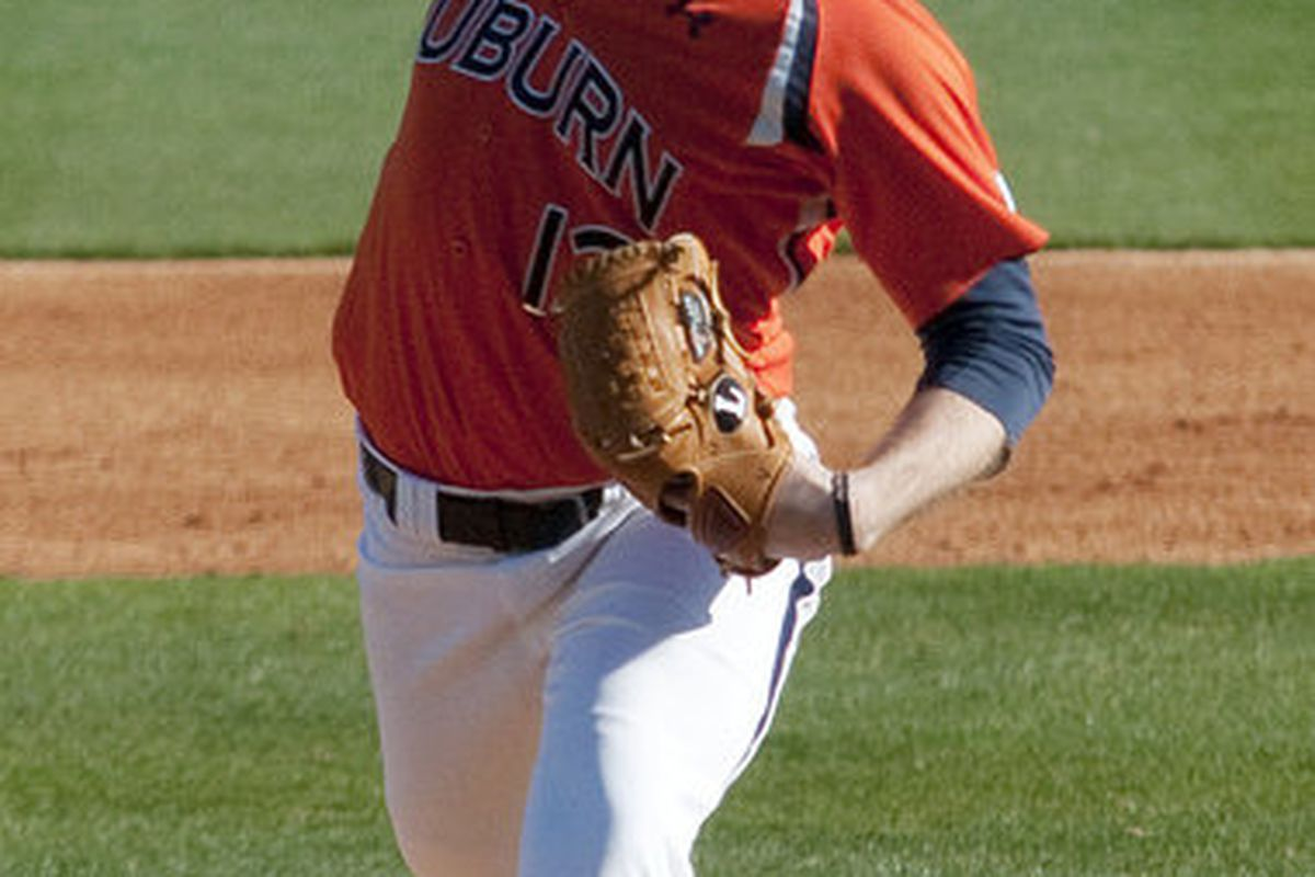 Auburn's Derek Varnadore seems to have returned to his old form as he has been very effective out of the bull pen lately. He pitched two scoreless innings against Arkansas Thursday to pick up an important SEC win for the Tigers.