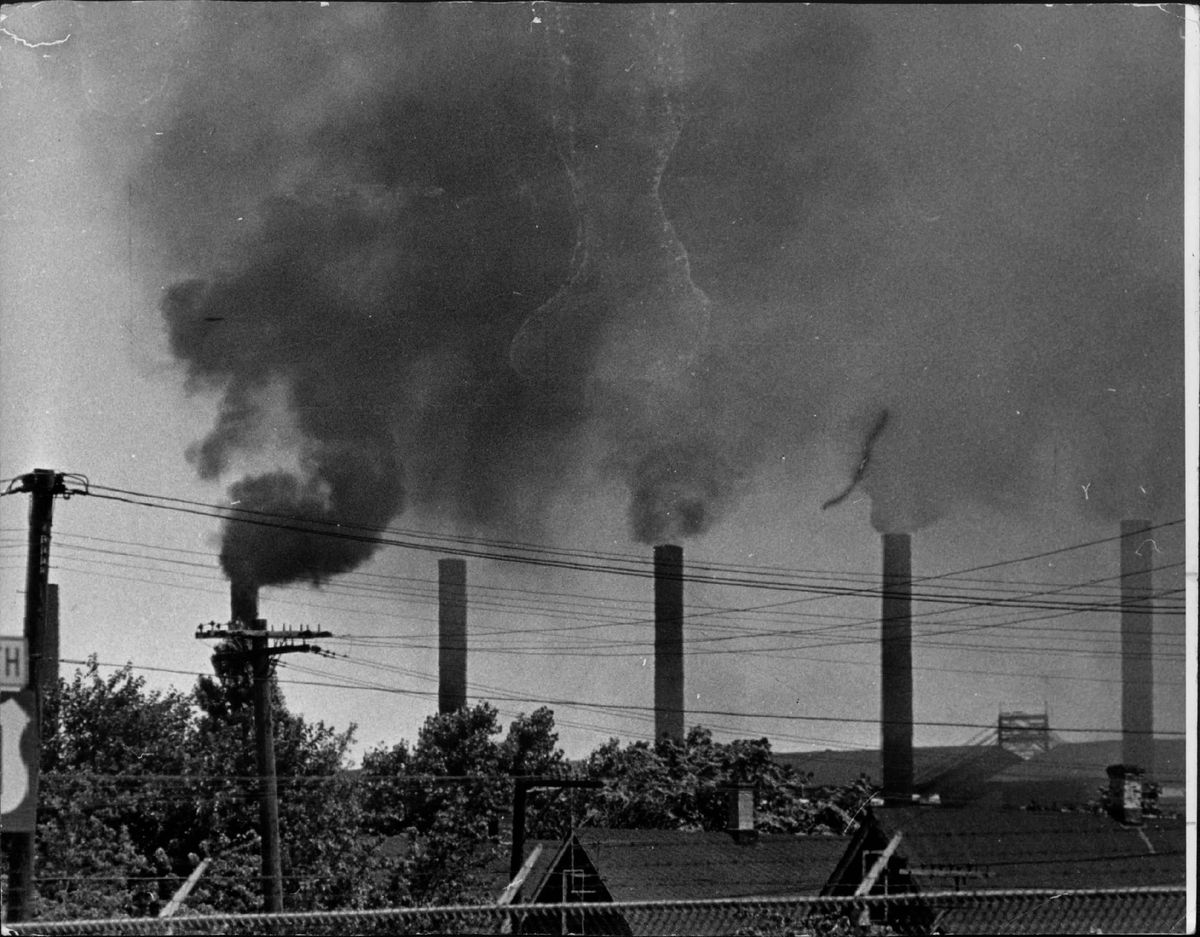 Air pollution in Chicago in 1961. | Sun-Times Library