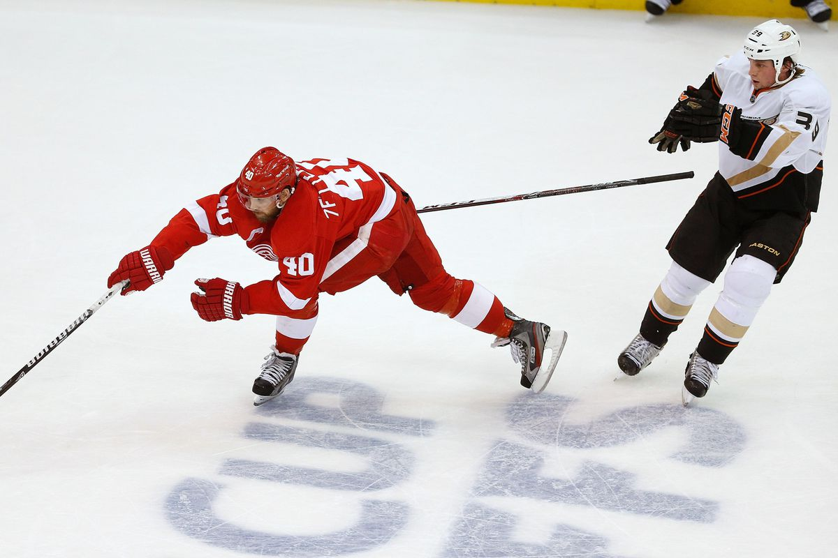 See how into it Zetterberg is?  Do that!