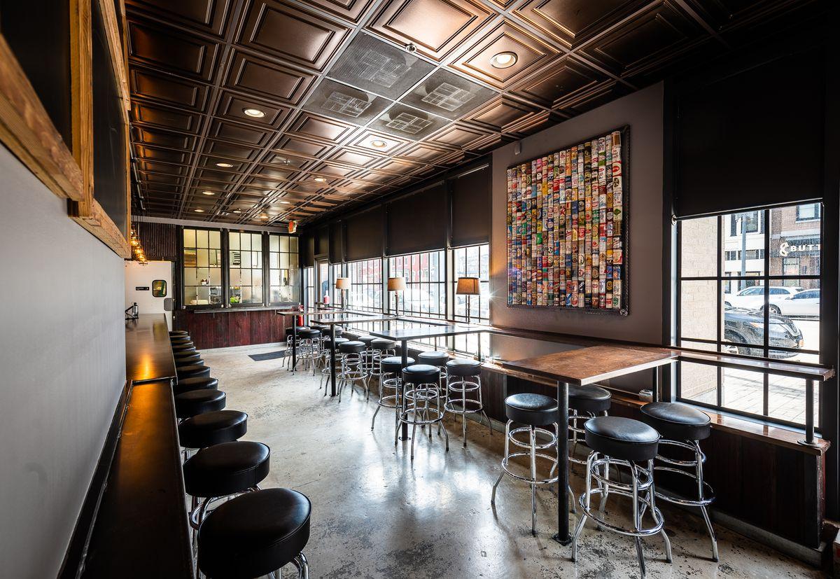 TallBoy bar seats