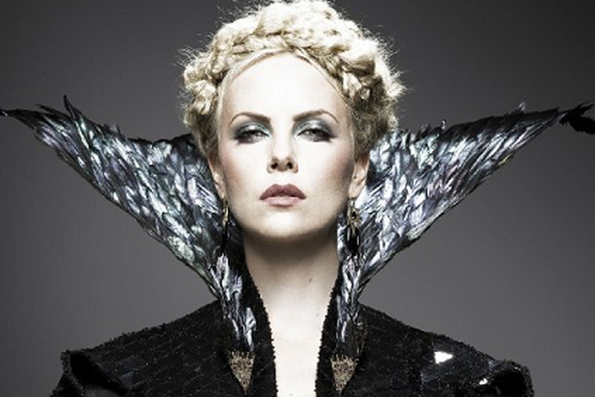 Charlize Theron as the Evil Queen in Snow White and the Huntsman, via IMDB