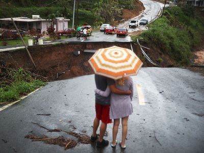 Facebook, Tesla and other tech giants are giving aid to Puerto Rico in the form of VR, 'internet balloons' and batteries