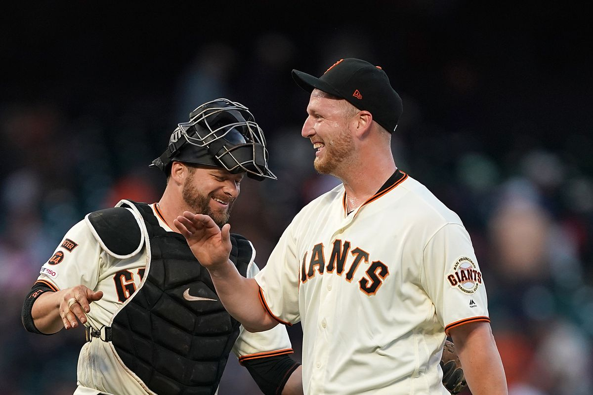 Will Smith gets the win and two RBI in Giants 9-6 victory over Phillies