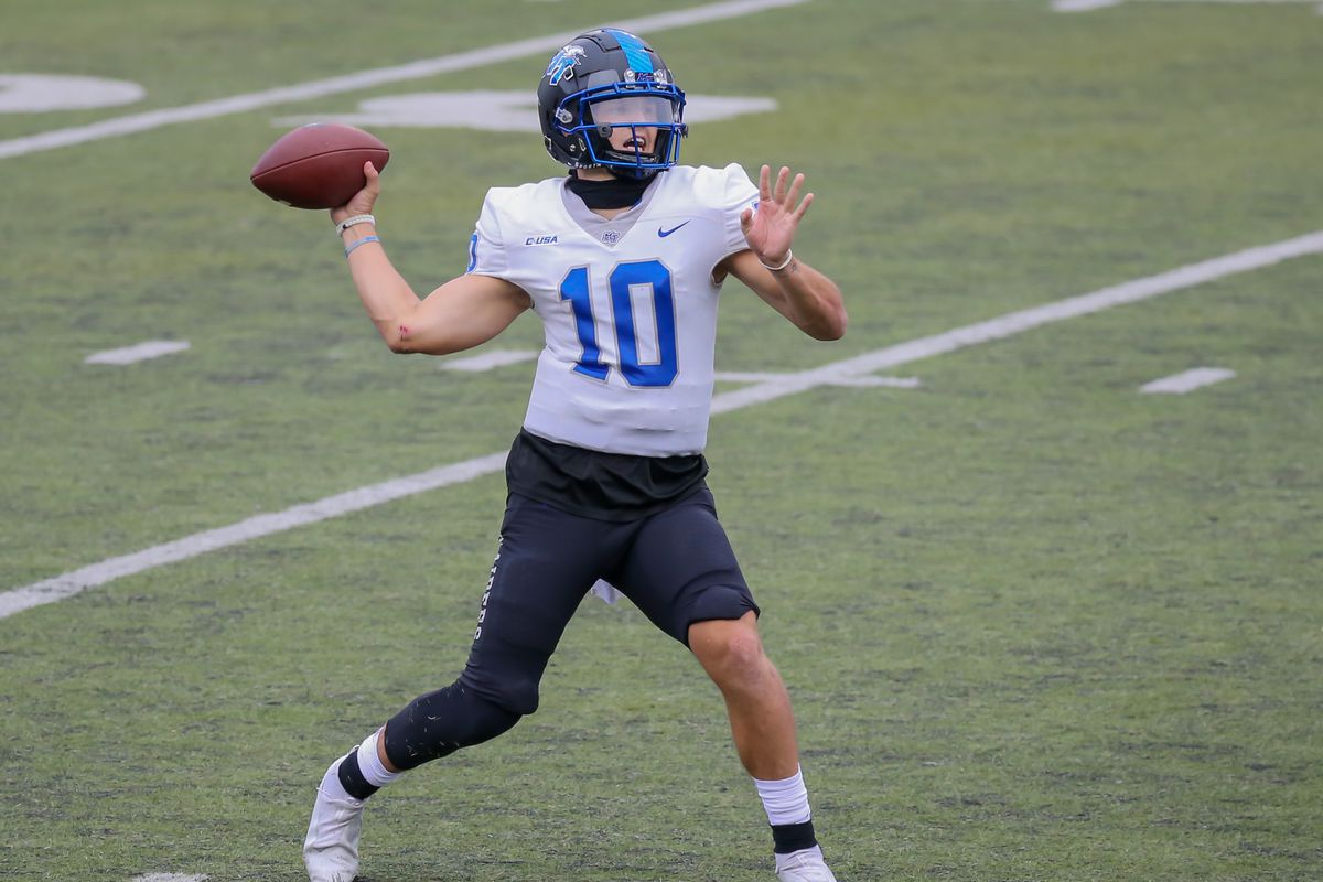 Middle Tennessee Blue Raiders quarterback Asher O'Hara prepares to throw a pass during the college football game between the Middle Tennessee Blue Raiders and Rice Owls on October 24, 2020 at Rice Stadium in Houston, Texas.