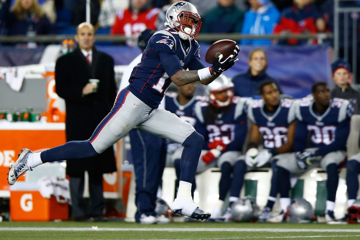 Aaron Dobson completes the longest TD of the year on a well-chosen option route.