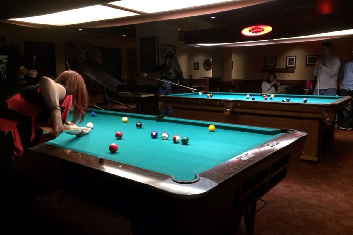 YearOld Rialto Poolroom Saved By New Owners Eater Portland - Pool table movers portland oregon