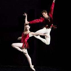 """Jacqueline Straughan and Ronnie Underwood in George Balanchine's """"Jewels."""""""