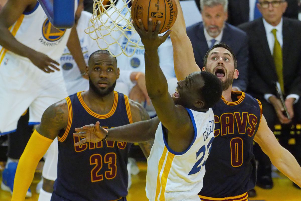 Warriors Roll to 113-91 Win vs. Cavs in