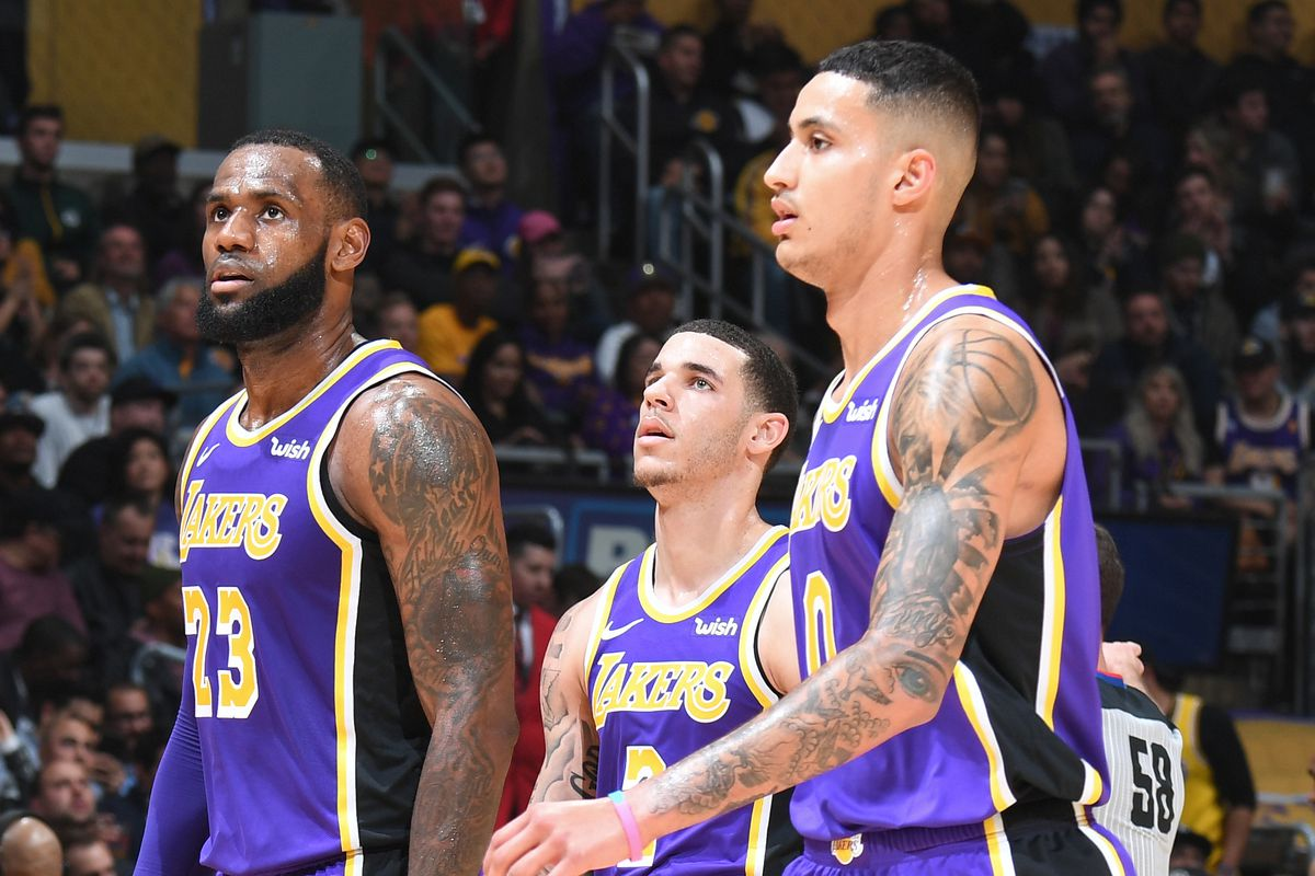 174b403b9a4 Lakers  LeBron James leads early All-Star voting