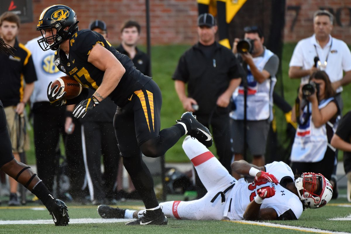 Mizzou Football: Cale Garrett named SEC Co-Defensive ...