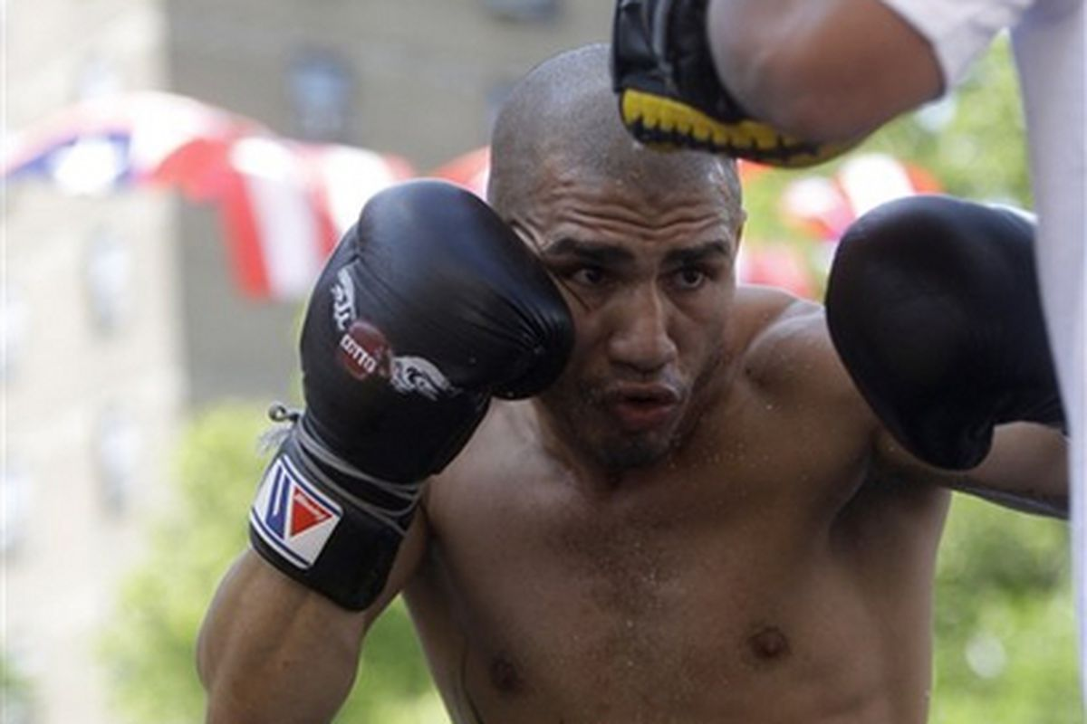 """Miguel Cotto and Manny Pacquiao are reportedly thrilled to be fighting for the """"WBC Diamond Championship."""" Consider me skeptical. (Photo via <a href=""""http://www.boxnews.com.ua/photos/95/Cotto-Miguel62.jpg"""">www.boxnews.com.ua</a>)"""