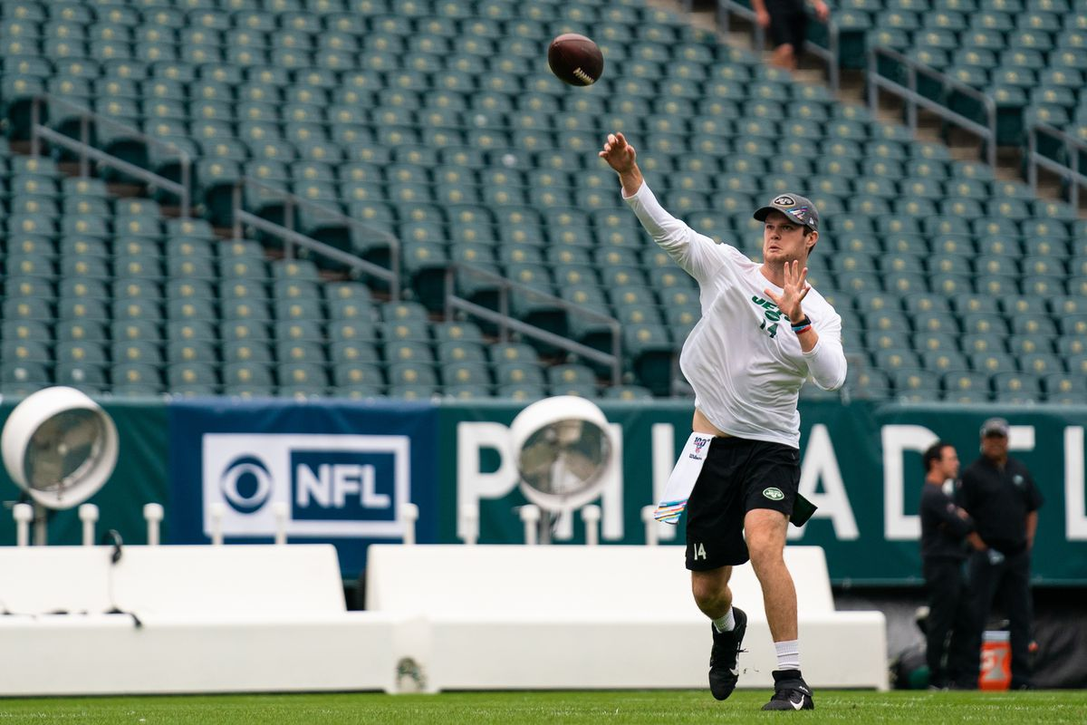 Jets Injury Update Sam Darnold To Get Tests Tuesday Henry