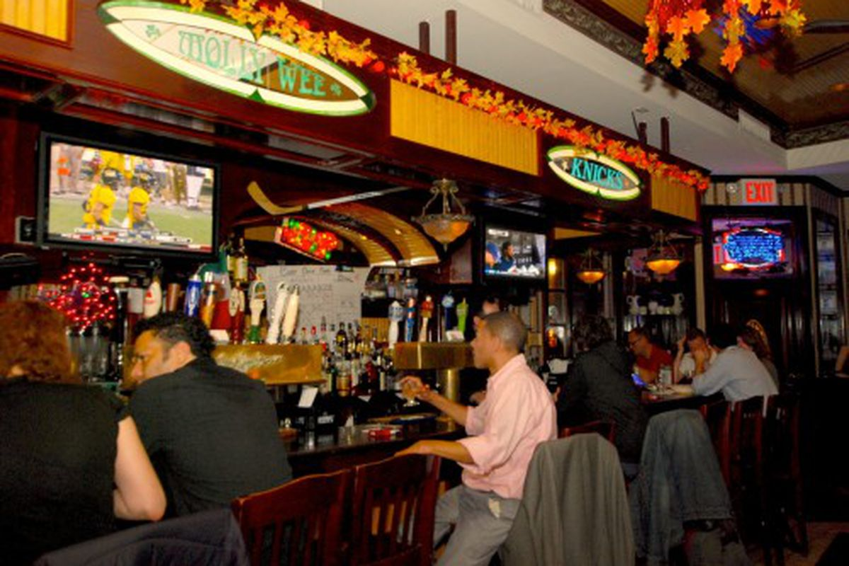 Well Lubricated Patrons and Sports Fans at Molly Wee Pub - Eater NY