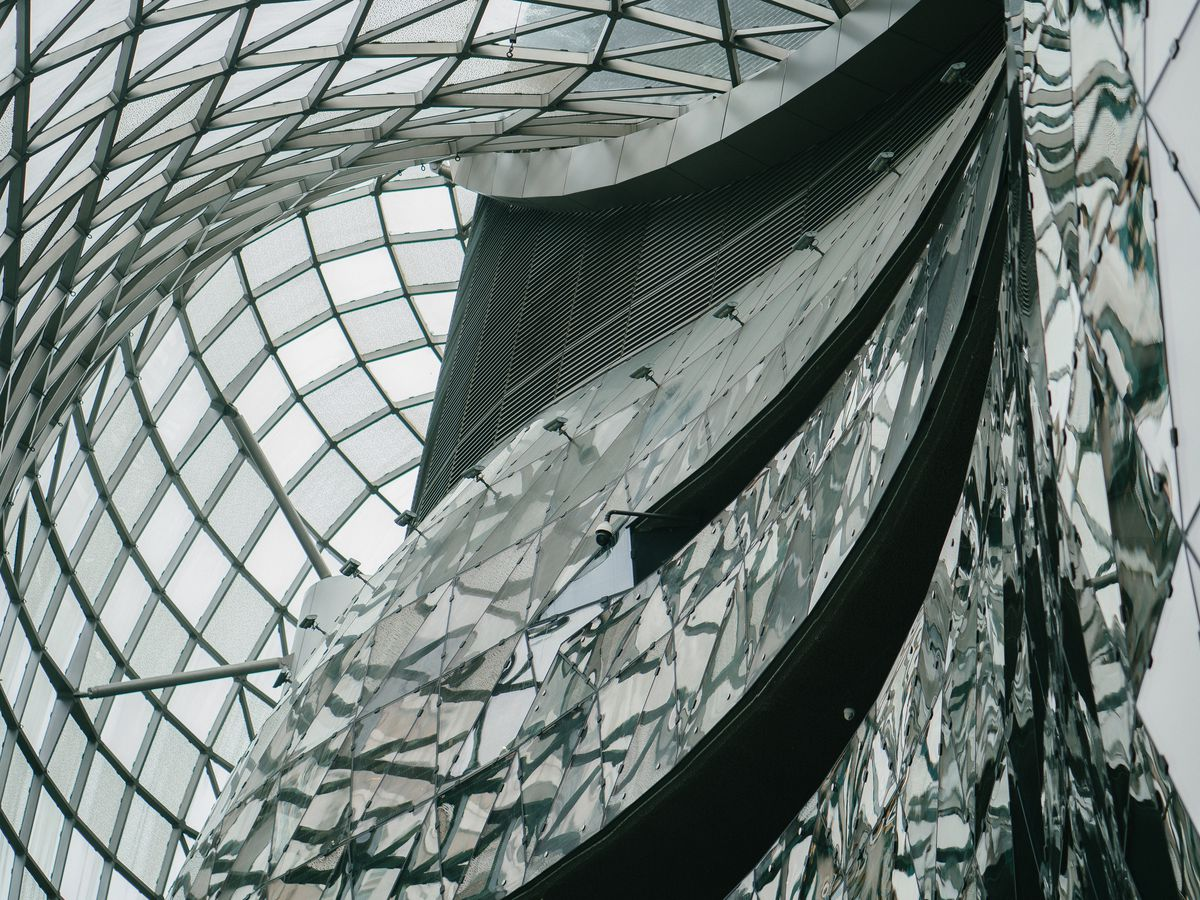 The interior of Orchard Road in Singapore. The walls are curved glass.