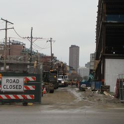 Thu 1/7: view looking east down Waveland -