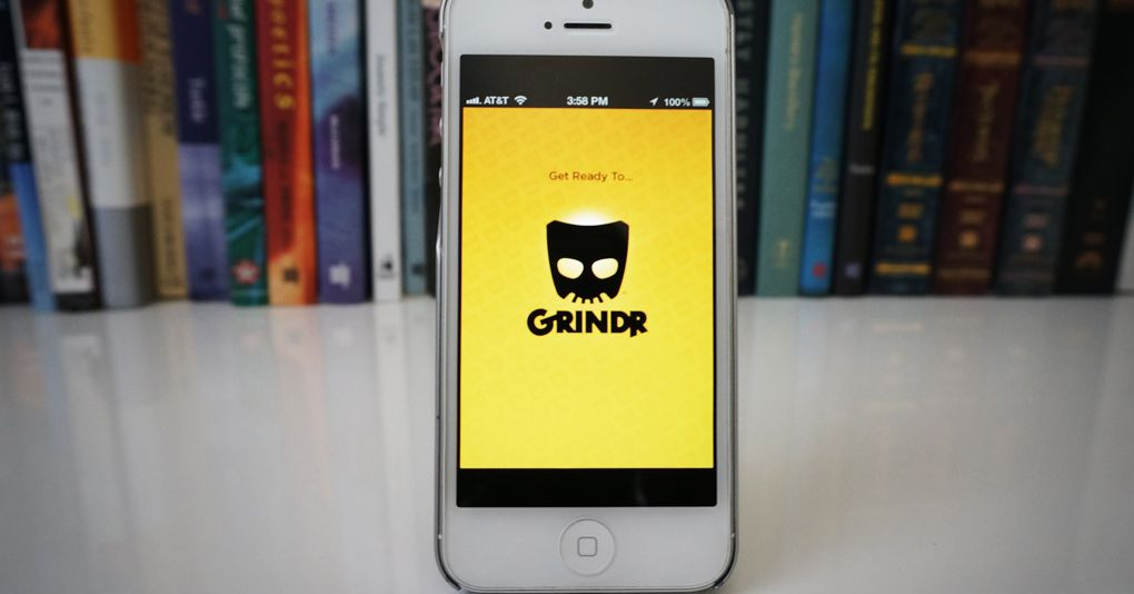 A shameful security flaw could have let anyone access your Grindr account – The Verge