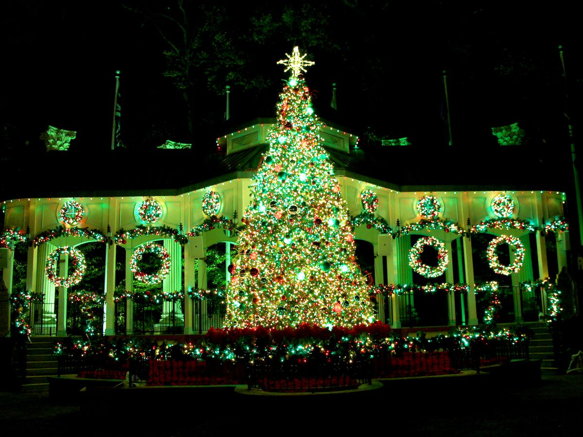 Top 10 Places Around Atlanta To Celebrate The Holidays Curbed Atlanta