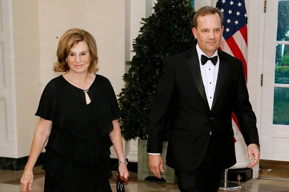 Uline CEO Liz Uihlein (left) and Uline vice president Jacob Peters arrive for a September 2019 state dinner at the White House. Uihlein and her husband, Richard, are among the largest donors to political campaigns in the nation.