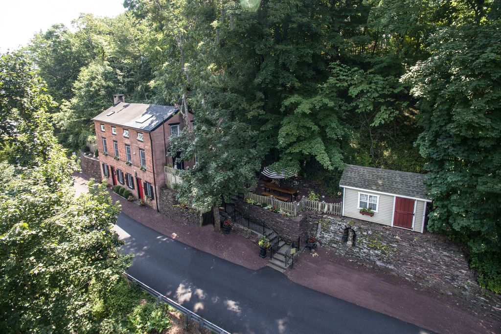 Renovated 18th Century Brick House Built Into The Hillside