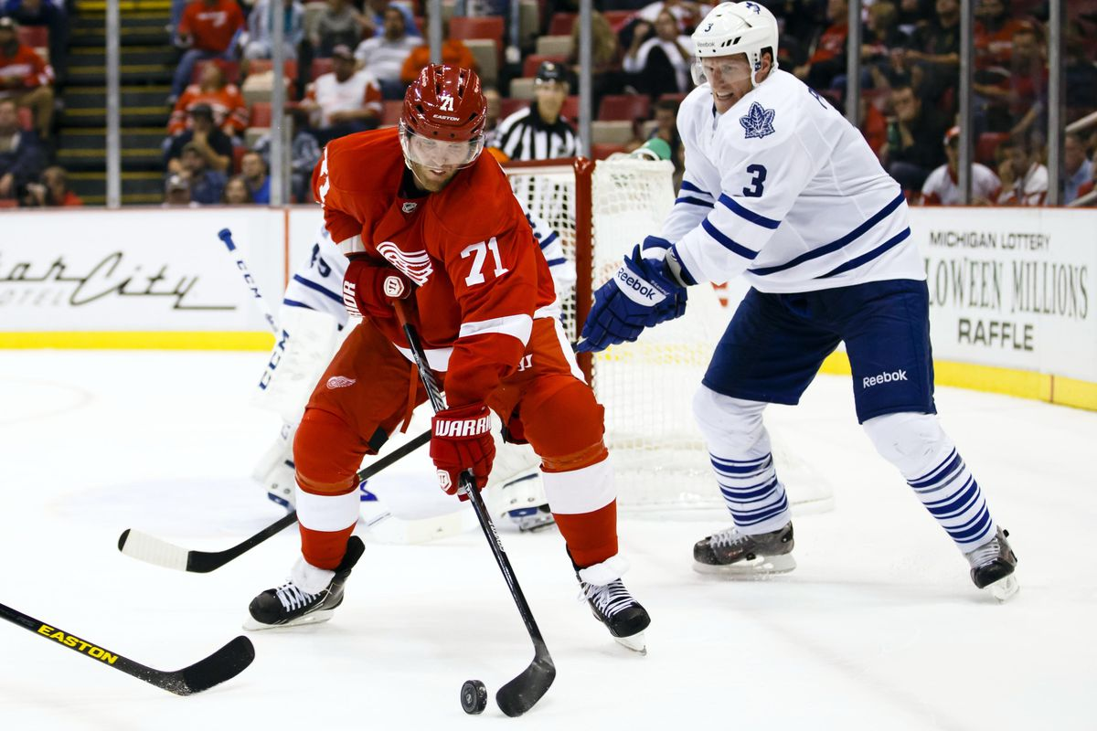 Phaneuf doesn't like not being the best lumberjack on the team and tries to take it out on Dan Cleary