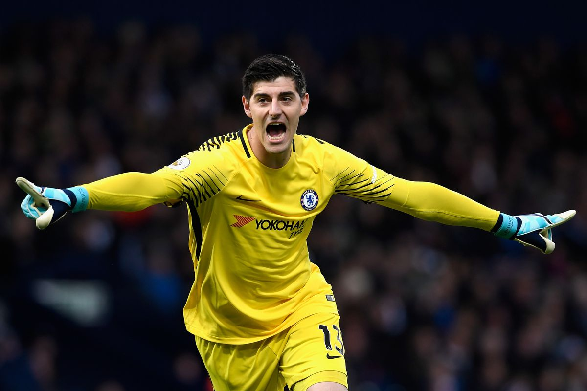 Thibaut Courtois seeking wage parity with David de Gea We Ain t