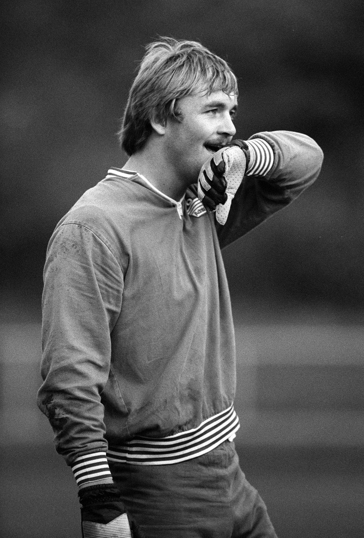 Football. Under 21s International. 12th October 1982. England v West Germany, Second Leg. England goalkeeper Ian Hesford during a training session.