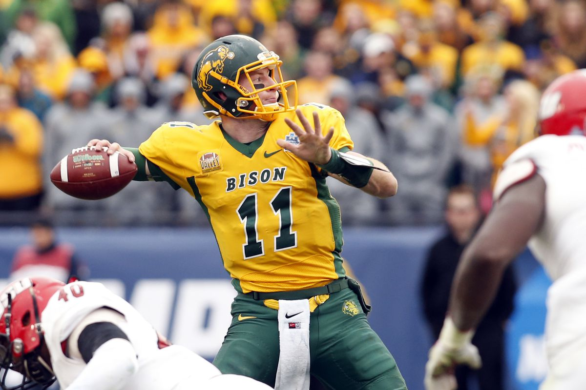 fa0393e40 Carson Wentz Should Be The Top Pick Of The NFL Draft - Underdog Dynasty