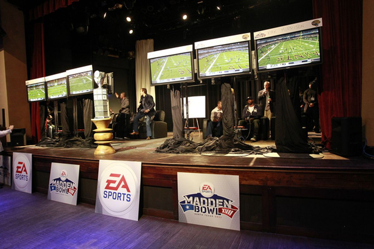 Help Aaron Rodgers Overcome The Madden Curse - Acme Packing