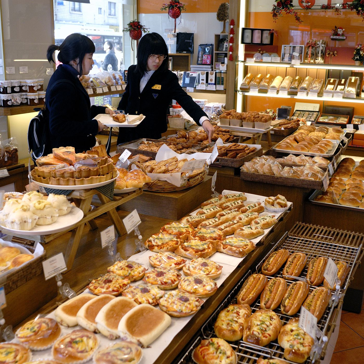 Bakery Chain Paris Baguette Sued For 217k In Unpaid Rent At Nyc Shop Eater Ny
