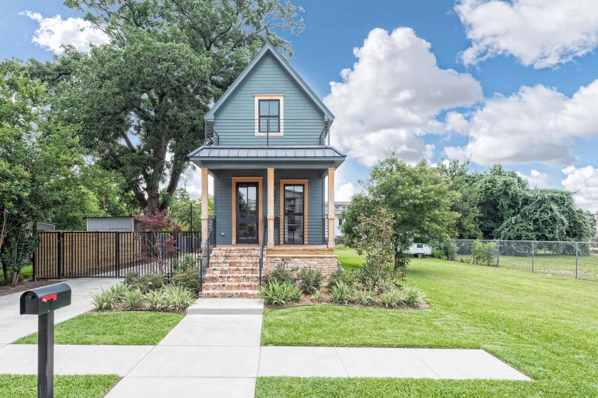 Fixer Upper S Tiny House Wants Nearly 1 Million Curbed