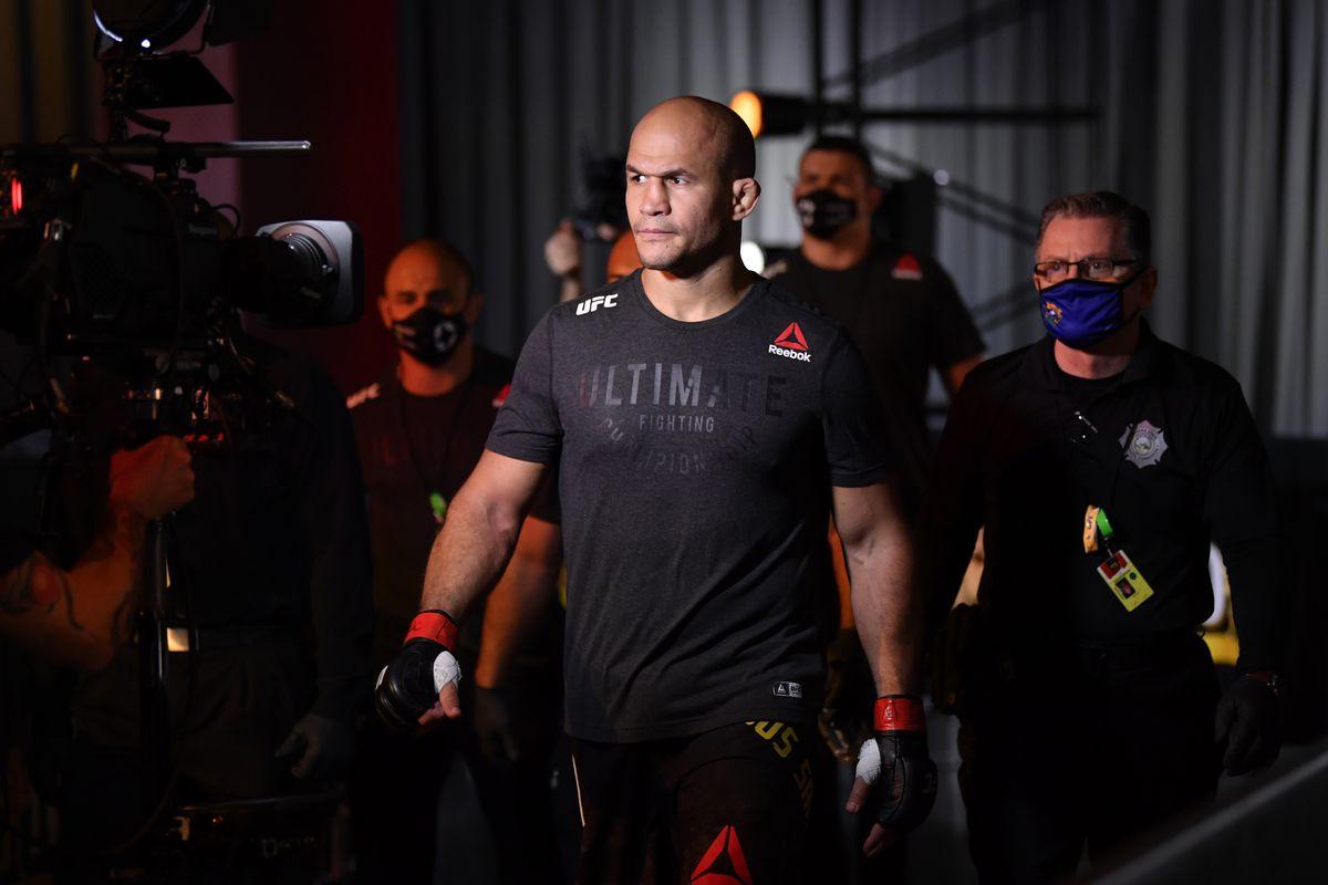 UFC 256: Dos Santos v Gane