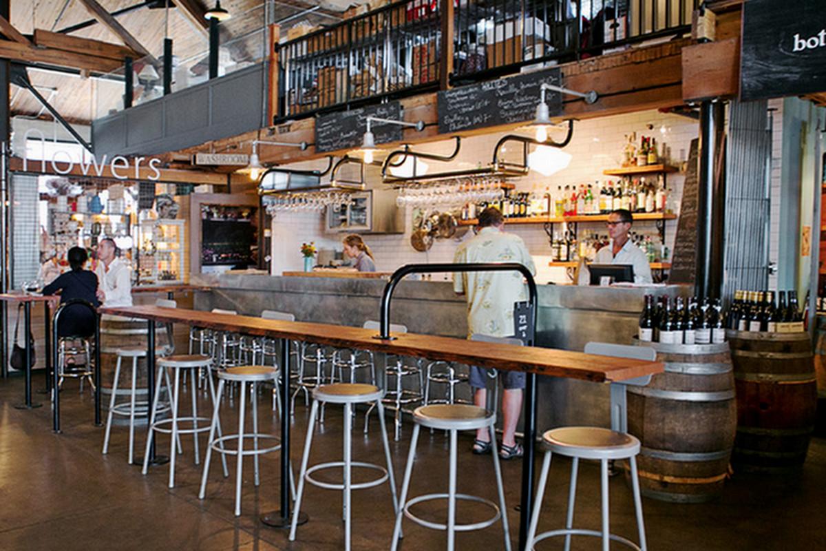 Bar Ferd'nand, Seattle.
