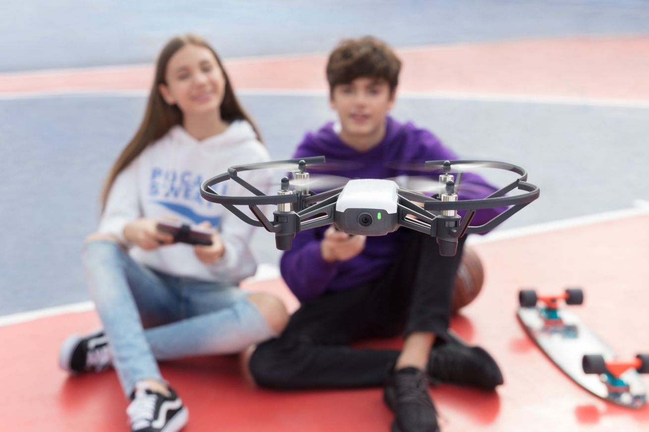 a new 99 toy drone has intel and dji flight technology