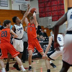 Naperville North's Tom Welch (1) was unstoppable in the first half against Lincoln Park, Saturday 02-02-19. Worsom Robinson/For the Sun-Times.