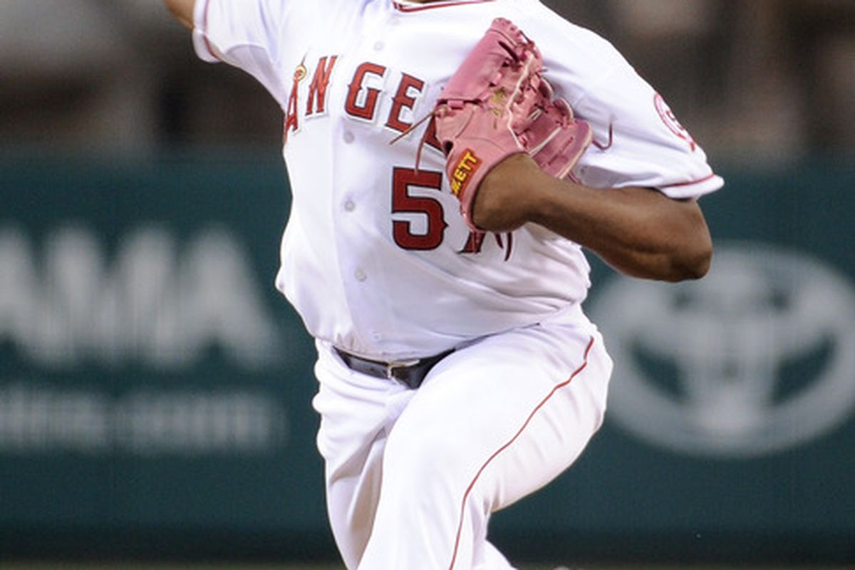 ANAHEIM, CA - SEPTEMBER 07:  Jerome Williams #57 of the Los Angeles Angels of Anaheim pitches to the Seattle Mariners during the first inning at Angel Stadium of Anaheim on September 7, 2011 in Anaheim, California.  (Photo by Harry How/Getty Images)