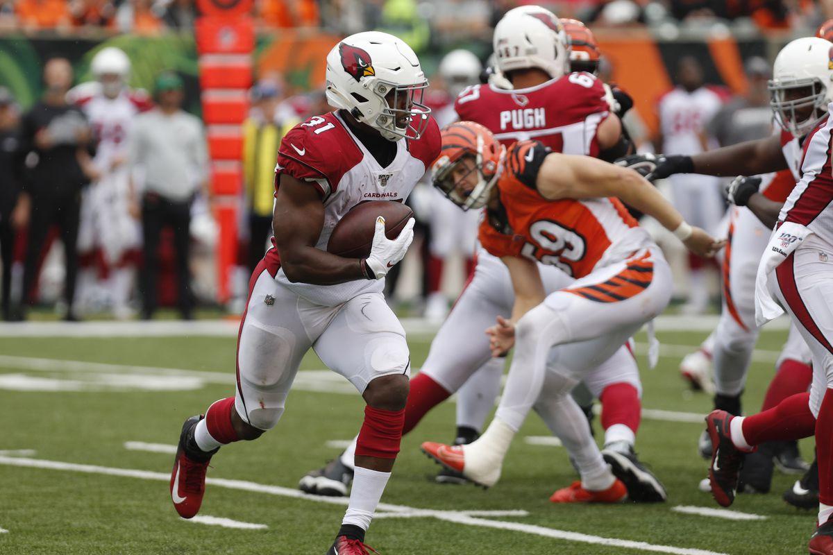 Arizona Cardinals running back David Johnson runs against the Cincinnati Bengals during the second half at Paul Brown Stadium.