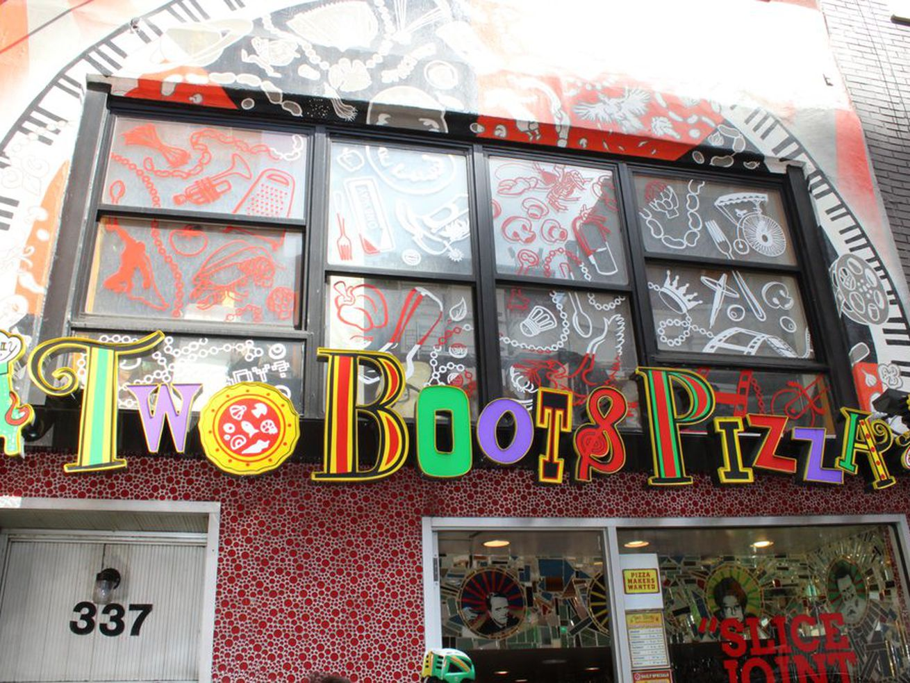 Two Boots Pizza Echo Park