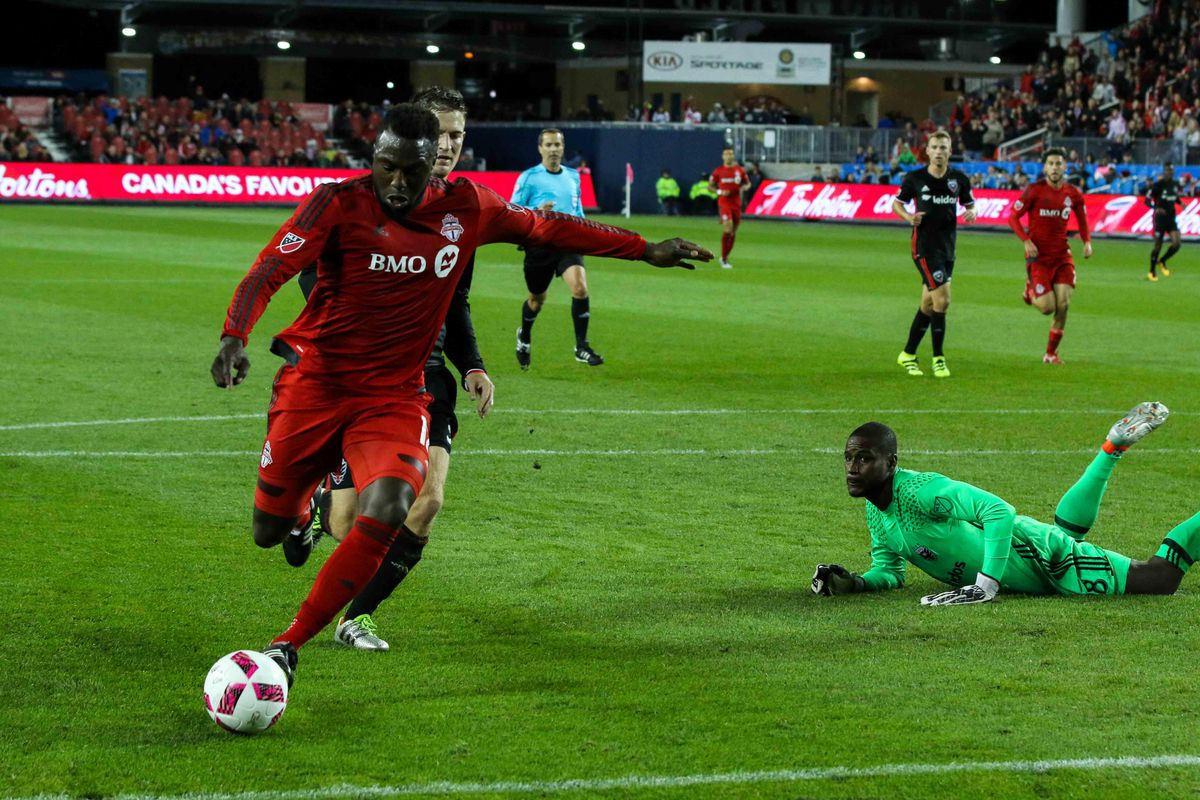 Jozy Altidore puts TFC ahead in the first half.