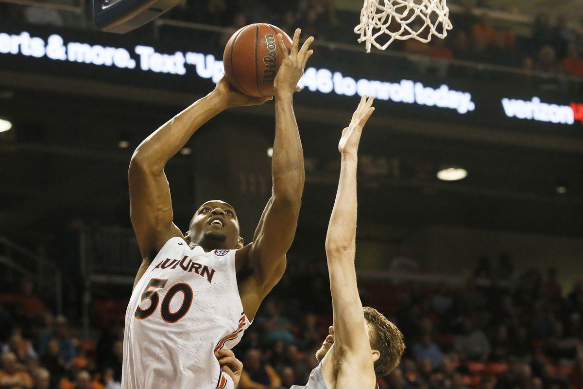 NCAA Basketball: Colgate at Auburn