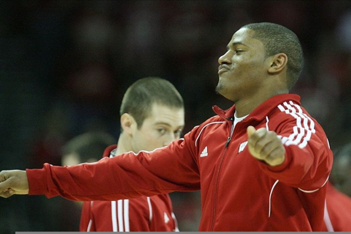 Football players dancing at the Kohl Center is funny, right?