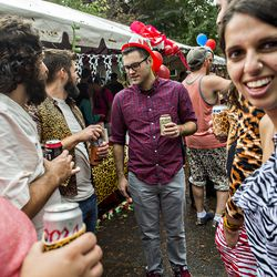 Thousands of people take over the streets of Cabbagetown during the annual Chomp & Stomp.