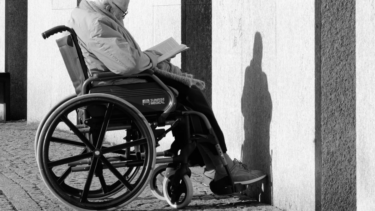 What working in a nursing home taught me about life, death