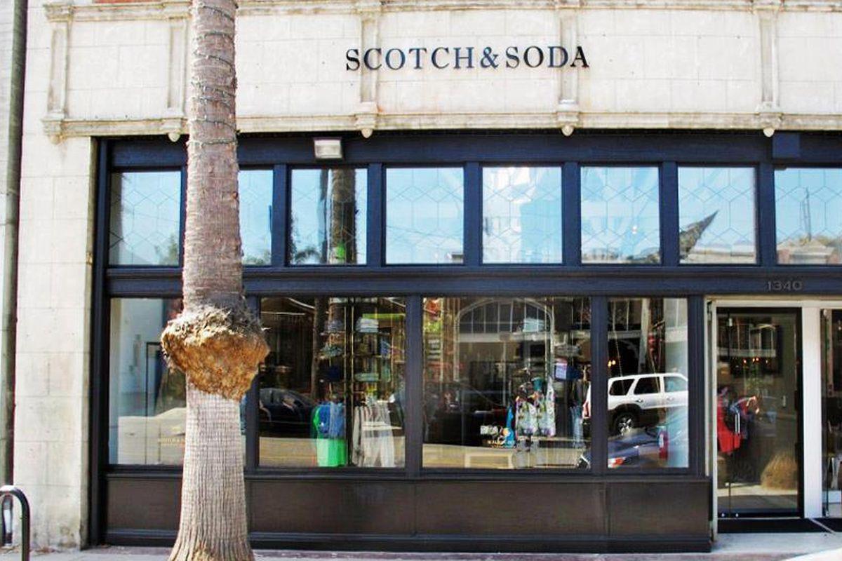 "Scotch &amp; Soda's Abbot Kinney store. Image via Scotch &amp; Soda/<a href=""https://www.facebook.com/photo.php?fbid=10151371180427623&amp;set=a.10151111536712623.424078.54185757622&amp;type=3&amp;theater"">Facebook</a>"