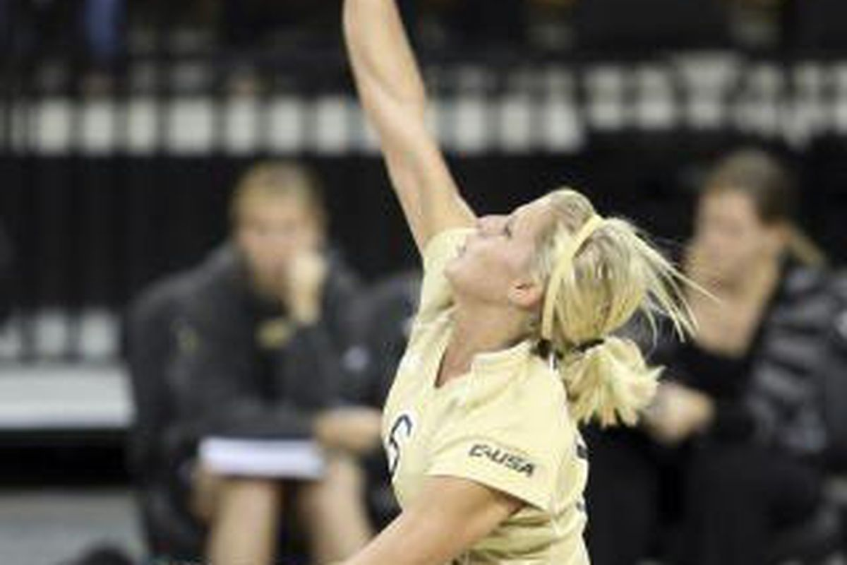 Erin Campbell - UCF Volleyball