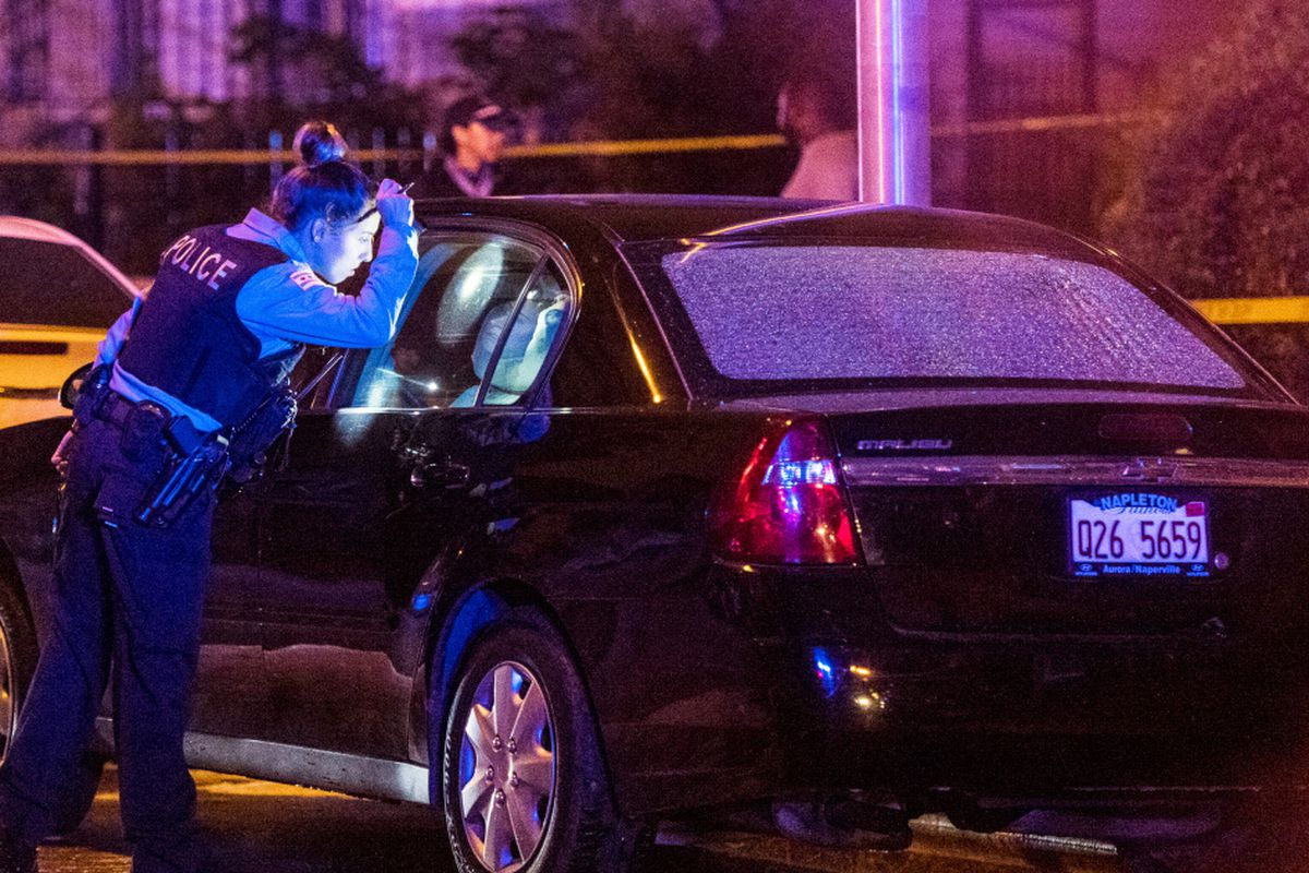 1 dead, 5 wounded in West Woodlawn shooting - Chicago Sun-Times