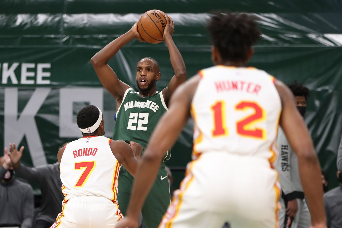 Milwaukee vs. Atlanta: Bucks Ground Hawks - Brew Hoop