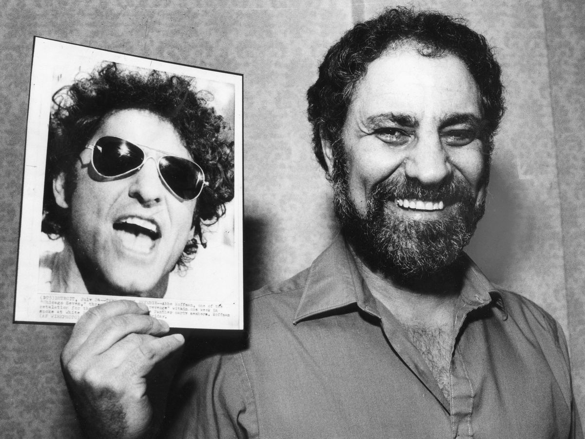 Abbie Hoffman (above) returned to Chicago in 1985 to recall '60sprotests and prosecution in the Chicago Seven conspiracy trial. | Sun-Times photo by Jack Lenahan